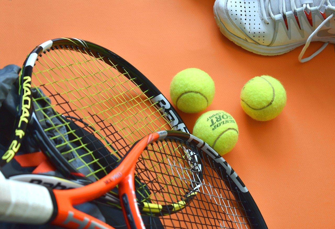 tennis, sport, sport equipment-3554013.jpg